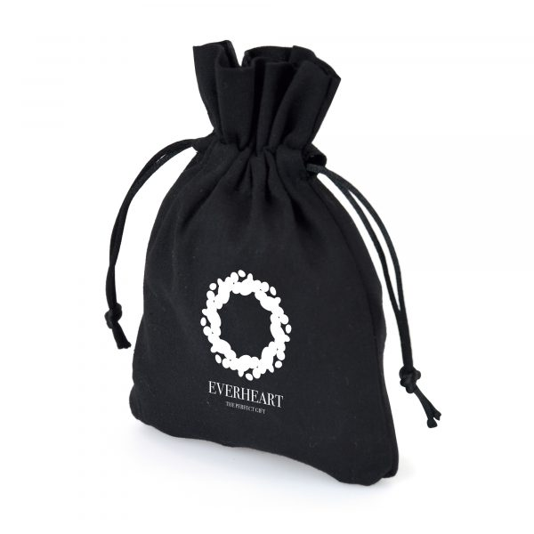 4oz cotton drawstring pouch in a great small size perfect for sweets, jewellery and much more. Available in black.