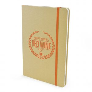 A5 natural notebook with 90 lined sheets, coloured bookmark and coloured elastic closure. Available in 6 colours.