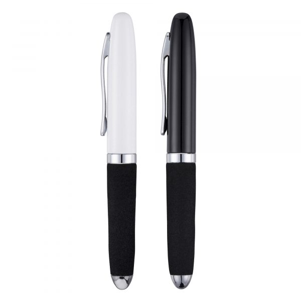 A neat and compact design with added comfort, the EVA grip provides an enjoyable writing experience.