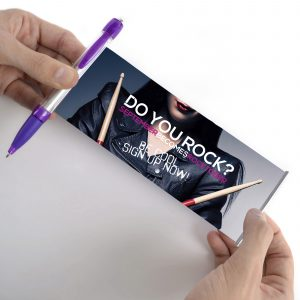 A Pen that can carry a very large message on a roll out banner (180x67mm) that can be printed both sides in full colour. Black or Blue ink.