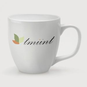 The Belfast Mug has an iconic rounded curvy shape with a large sturdy handle. Its wide rim, slender base and sweeping curves are pleasing to the eye.